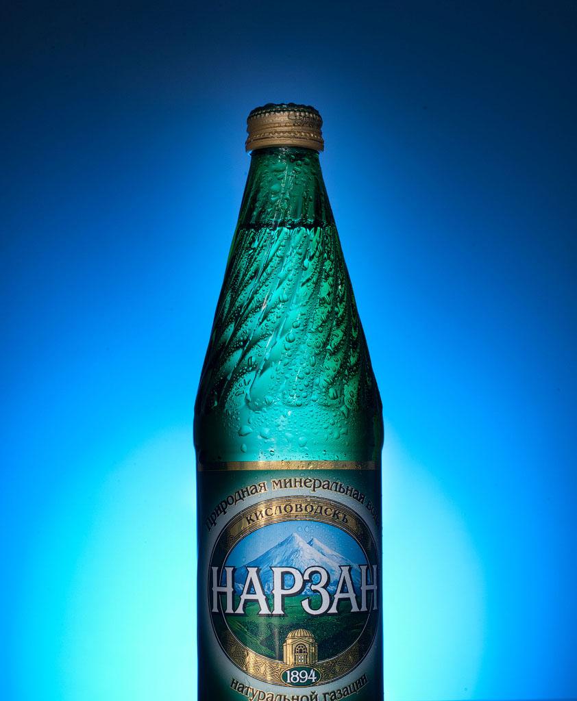 фото бутылка нарзана